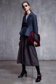 2019年秋冬トレンドカラー流行色や柄ファッションデザインは Suwai