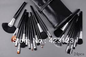 makeup brush set mac pro longwear spf10 24