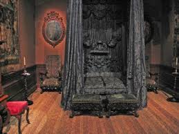This Bedoom (black Bed) Is Extreme And A Bit Dracula, But It Does Create A  Sensually Dark Mood; Old World, Gothic, And Victorian Interior Design:  Victorian ...