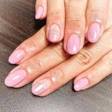 お客様nail ピンクのワンカラーに塗りかけデザインを3本いれた綺麗め