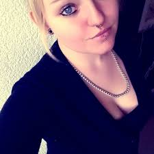 Tiffany Richter is looking for a room in Hamburg - room mate