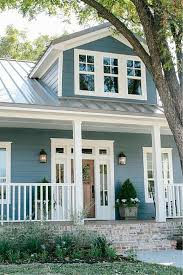 Gorgeous Paint Colors For Your Home Exterior - Farmhouse exterior paint colors