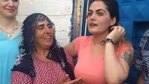 Çilem Doğan: O cani adam Özgecan'ı suçlayarak beni dövmeye kalktı -  21.06.2016, Sputnik Türkiye