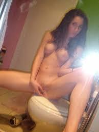 Girl Fingering Herself Selfie Nude Gallery