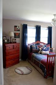 Bedroom Ideas : Fabulous Fascinating Sports Bedroom Themes Sport ...