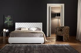Colorare Pareti Camera Da Letto : Idee per arredare la camera da letto interior design low cost