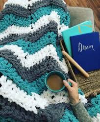 Free Crochet Patterns For Super Bulky Yarn Simple Decorating Design
