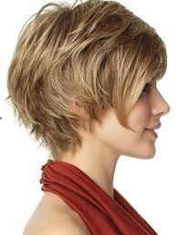 chic everyday hairstyle for short hair