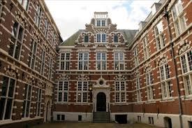 amsterdam university college ranking