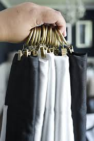 how to use curtain clips to hang curtains