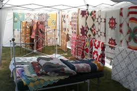 Sisters Oregon Quilt Show Preview | Central Oregon Home Search & 2010 Sisters Outdoor Quilt Show Adamdwight.com