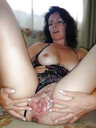 Brunette Mom Pics Mature Porn Pictures