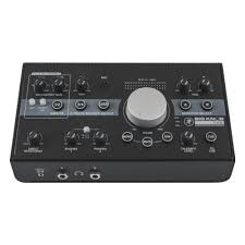 <b>Аудиоинтерфейс MACKIE Big Knob</b> Studio USB 2x2 и контроллер ...