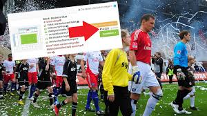 Pauli fan, at one point placing a huge picture of a fist smashing a swastika on his band's main page, with the caption st. Derby St Pauli Gegen Hsv Schwarzhandler Verlangen Mondpreise Stern De