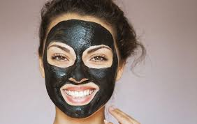 mask against acne with activated charcoal