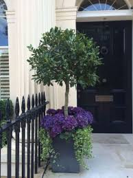 60 Beautiful Front Door Planter Ideas that Must You Try