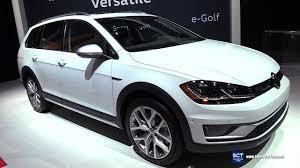 2018 volkswagen alltrack. unique 2018 2018 volkswagen golf alltrack tsi 4motion  exterior interior walkaround  2017 new york auto show intended volkswagen alltrack m
