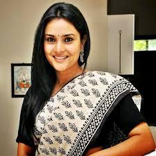 Kannada Actors Height Chart Ramya Aka Divya Spandana Height Weight Age Biography