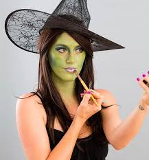 how to do a witch makeup for