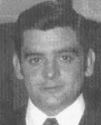 El jueves 8 de noviembre de 1984, a las 7:45 horas de la mañana, tres miembros de la banda terrorista ETA asesinaban al electricista JUAN SÁNCHEZ SIERRO en ... - juan-sanchez-sierro
