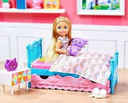 Subito a casa e in tutta sicurezza con ebay! Barbie Fxg83 Club Chelsea Puppe Schlafzimmer Spielset Puppen Spielzeug Und Puppenzubehor Ab 3 Jahren Amazon De Spielzeug Barbies Puppen Barbie Spielzeug
