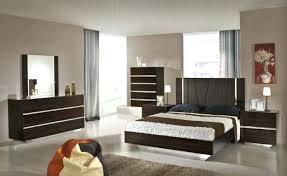 Lacquer Bedroom Sets Furniture 3 Piece Platform Bedroom Set In Black ...