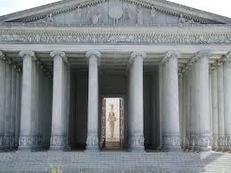 Храм Артемиды Эфесской смотреть со спутника online чудес  Храм Артемиды строился многократно Но ранние деревянные здания приходили в ветхость сгорали или гибли от нередких здесь землетрясений