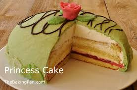 Princess Cake cut