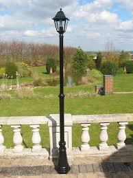 uk gardens 7ft victorian single headed aluminium garden lamp post garden lighting