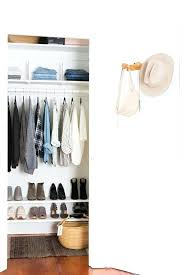 organizing closet tips if you are interested in small walk in closets then i shared all