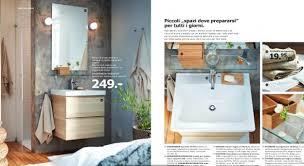 Lampadari Da Bagno Ikea : Armadietti bagno ikea montaggio mobili pensili su parete con