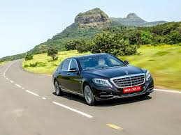 This particular mercedes maybach s500 is one off maybach in india which having dual toned painted shade in such design. Mercedes Maybach S600 India Review Zigwheels