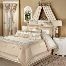 Bedroom : Luxury Bedding Ensembles Pillow Topper For King Size Bed ... & Full Size of Bedroom:luxury Bedding Ensembles Pillow Topper For King Size  Bed Grey Upholstered ... Adamdwight.com