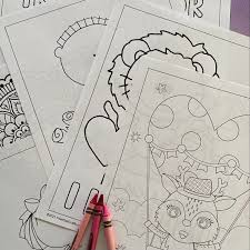 Flowers, hearts, kids and more valentine pictures and sheets to color. Valentines Day Coloring Pages