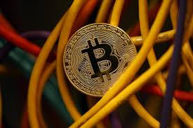 Hedge funds may use futures to trade against bitcoin bitcoin futures may provide a way for hedge funds to place massive short contracts against the cryptocurrency. How To Hedge Your Bitcoin Bet