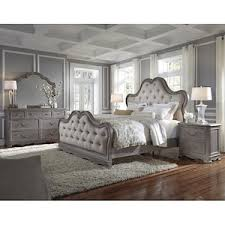 Simply Charming 4 Piece King Bedroom Set in Weathered Gray