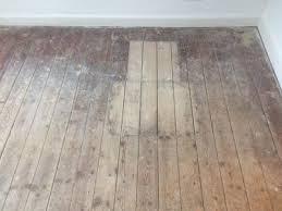 Der richtige aufbau bei einem holzfußboden. Der Holzboden