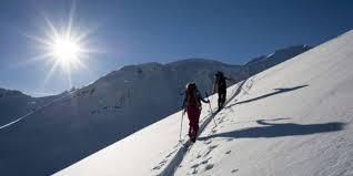 Schneesport ohne Maskenpflicht – Skitouren erleben einen Boom