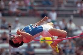 Легкая атлетика королева спорта Дисциплины гладкий спринт   история развития легкой атлетики