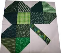 Michele Bilyeu Creates *With Heart and Hands*: Free St.Patricks ... & So cute, 4 little pieced hearts make a four leaf clover, one big clover per  block, easy download makes this one a keeper! Adamdwight.com