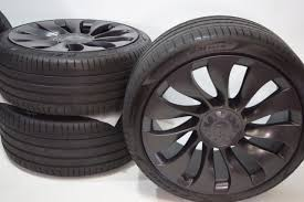 Yes, those wheels look great on the model y, except they are for a model s with f: 21 Tesla Model Y Factory 21 Inch Uberturbine Wheels Rims Tires Factory Oem 2020 Factory Wheel Republic
