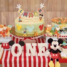 Best 25 Girl First Birthday Ideas On Pinterest  Baby First 1st Birthday Party Ideas Diy