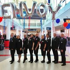 envoy air photos bilingual flight attendant jobs