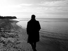 Yalnızlık Resimleri - Yanlızlık Fotoğrafları - Yalnız Kalmış Resimler-Hüzün  Ve Hasret