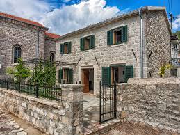 Villa Ruza, Donja Lastva: Safe, Family Friendly, Luxury Seafront ...