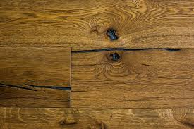 benefits distressed hardwood flooring