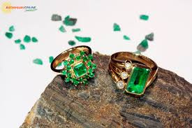 Who Should Wear An Emerald Astrological Benefit