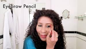 watch chaka khan gives a makeup tutorial video