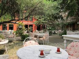 courtyard picture of kitap evi hotel