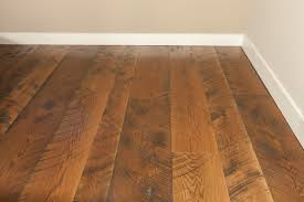 handsed and distressed wide plank floors provide a great way to achieve a uniquely rustic look in almost any environment they re becoming increasingly